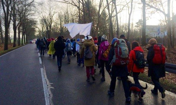 logo-refugiados-civil-march-fot-2