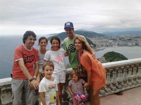 LOGO ASUN FAMILIA