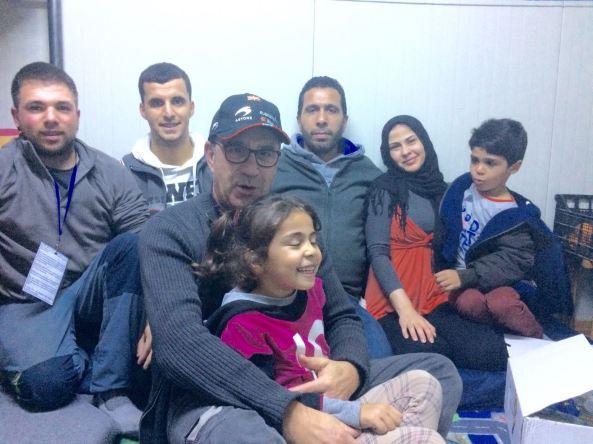 LOGO REFUGIADOS HERNANI KEPA FAMILY